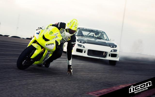 drift_battle_bike_vs_car_01