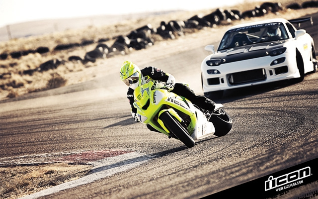 drift_battle_bike_vs_car_02