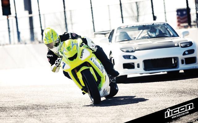 drift_battle_bike_vs_car_03