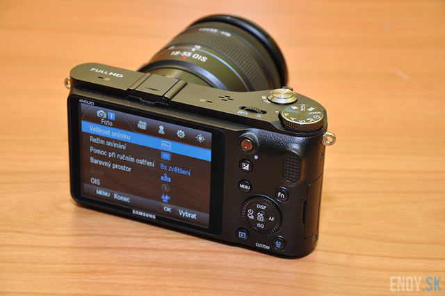 samsung-nx200-recenzia-review-photo-01