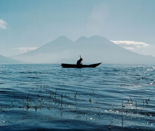 national-geographic-travel-photo-11-lake-atitlan-guatemala