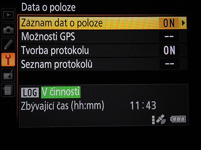 Nikon D5300 GPS menu CZ