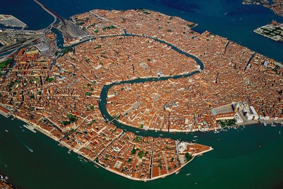 mesto z vtacej perspektivy 18 - venice