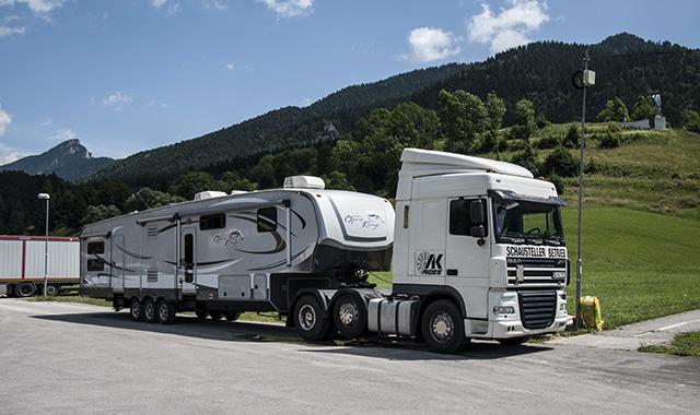 karavan-za-kamion