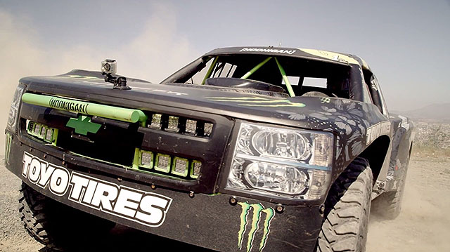 trophy-truck-Monster-Energy-in-Mexico-02