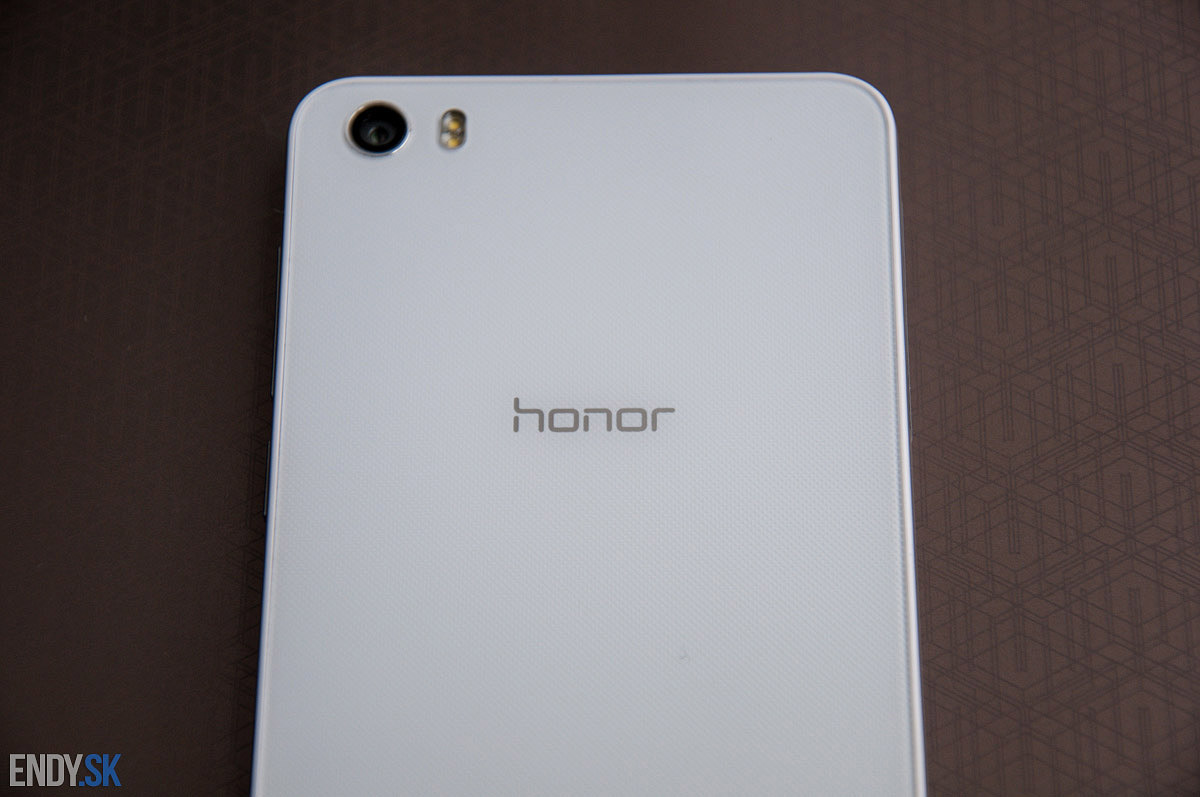 Honor 6 13MPx fotoaparat a LED