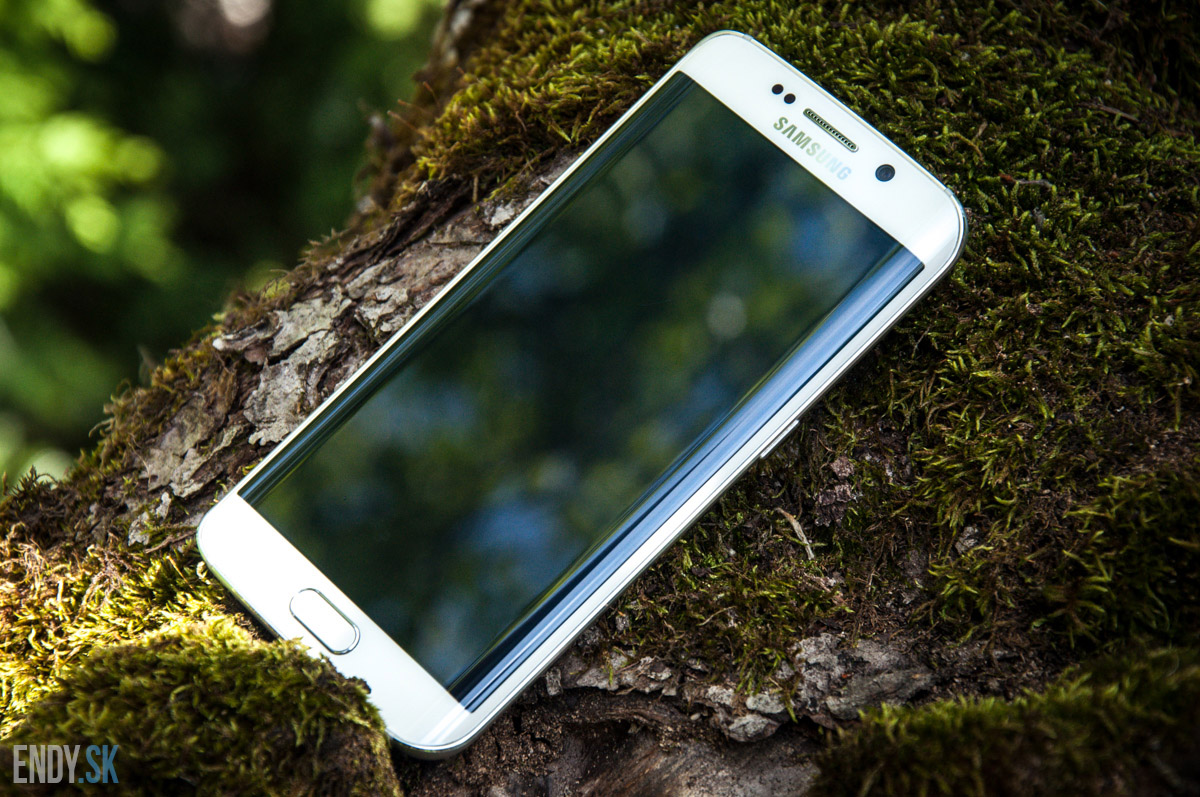 Samsung Galaxy S6 Edge na testovanie