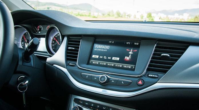 Opel Astra K interier